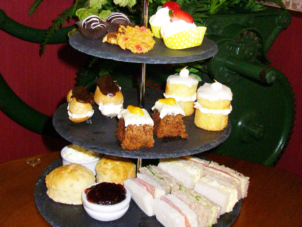 Afternoon tea at Emma's Coffee Lounge, ScarboroughTea1